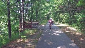 10-picnic-area-hart-montague-trail